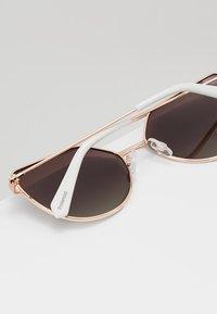 Polaroid - Sunglasses - white - 3