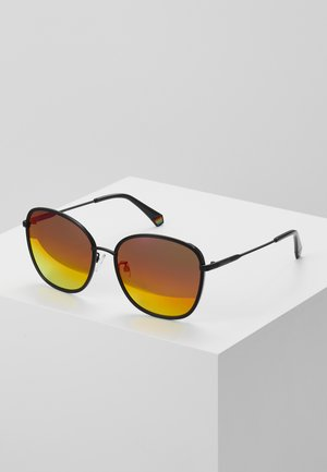 Sunglasses - red/pink