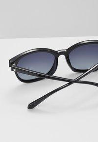 Polaroid - Gafas de sol - black - 2