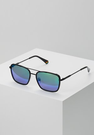 Sunglasses - blue/green