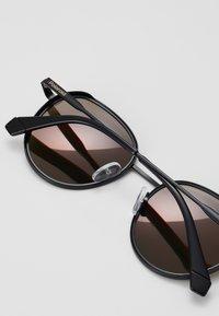 Polaroid - Sunglasses - red/pink - 2