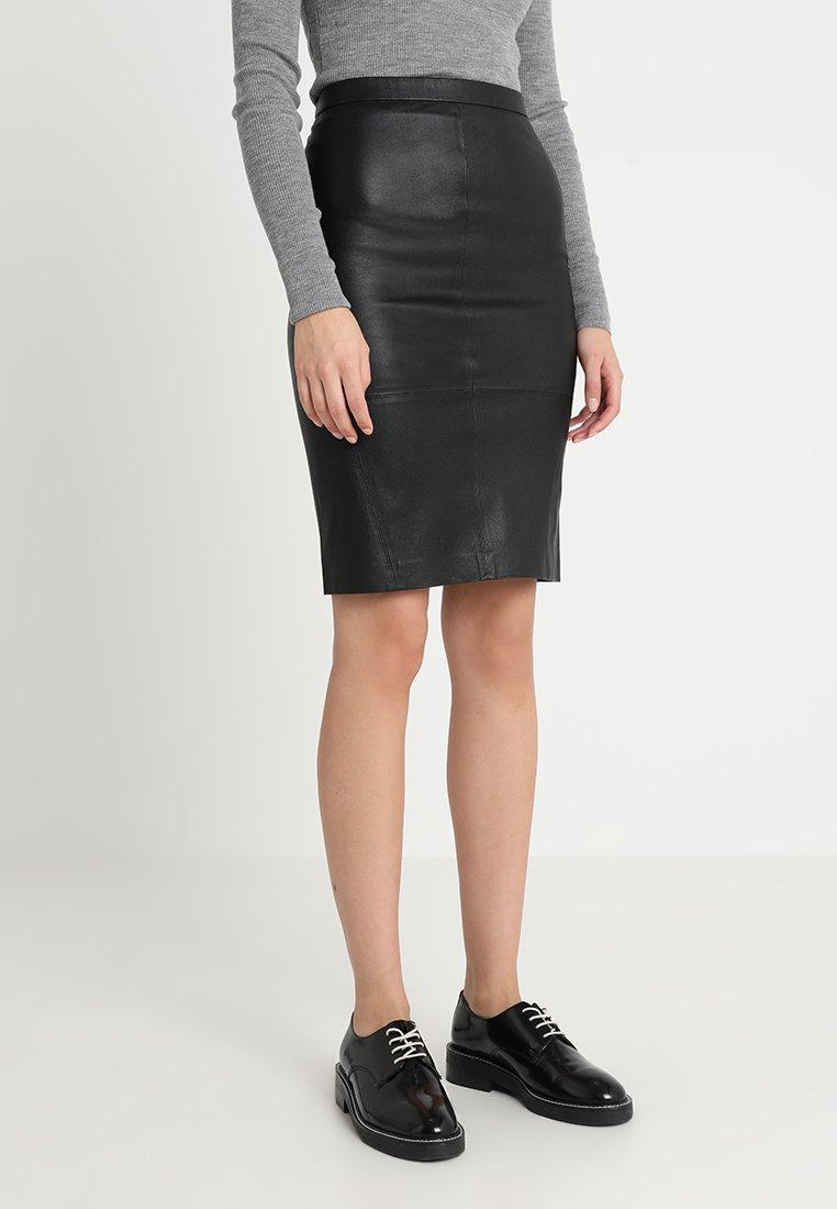 DAY Birger et Mikkelsen - PLONGY - Pencil skirt - black