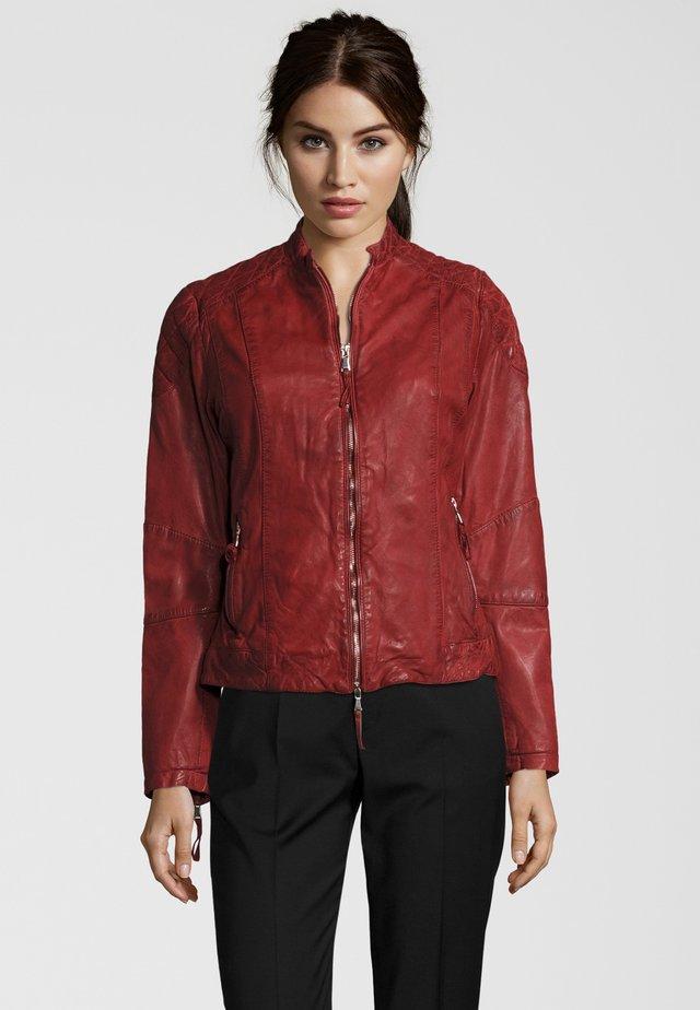 MIT STEHKRAGEN - Leather jacket - red