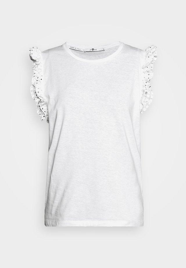 RUFFLE TANK TEE - Printtipaita - white