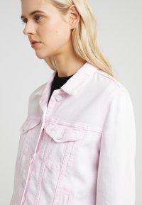 7 for all mankind - MODERN TRUCKER  - Veste en jean - cotton candy - 5