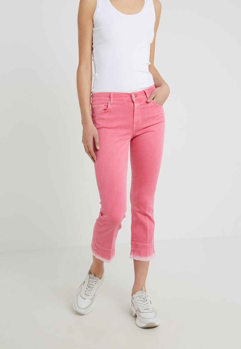 7 for all mankind - CROPPED UNROLLED COLORED ILLUSION - Bootcut jeans - hot pink