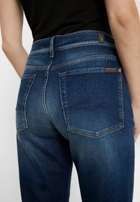 7 for all mankind - ASHER EN ROUTE - Relaxed fit jeans - dark blue - 5