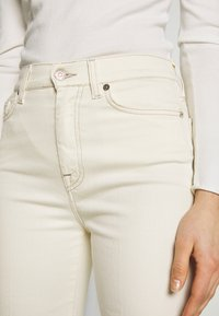 7 for all mankind - Flared Jeans - off white - 5