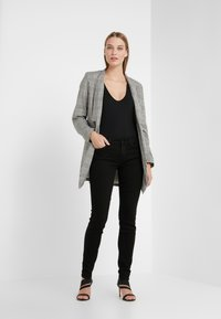 7 for all mankind - THE ILLUSION FAME WITH BRAIDES - Jeans Skinny - black - 1