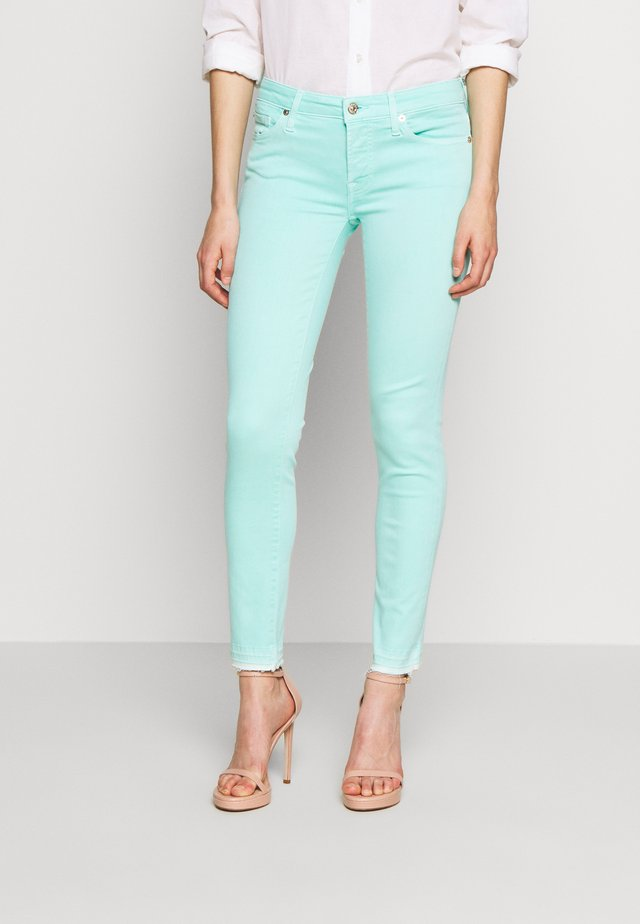 PYPER CROP UNROLLED - Jeans Skinny Fit - light blue