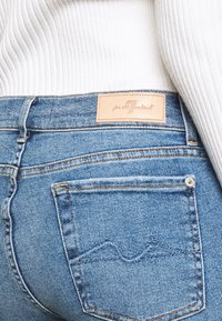 7 for all mankind - ROXANNE - Straight leg jeans - mid blue - 4