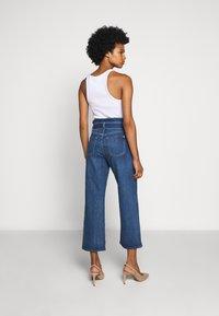 7 for all mankind - CROP ALEXA PAPERBAG  - Jeans Bootcut - dark blue - 2