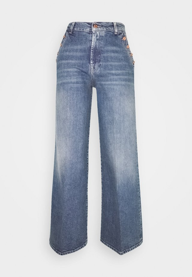 LOTTA CROPPED - Jean flare - mid blue