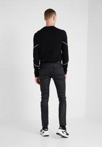 7 for all mankind - RONNIE AMNESIAC - Slim fit jeans - black - 2