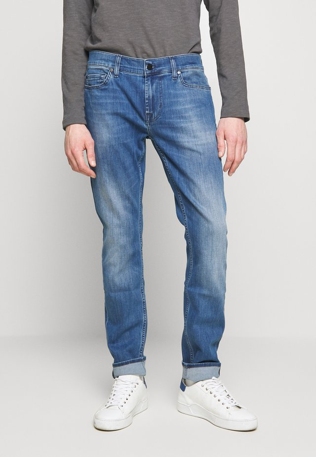 RONNIE LUX - Vaqueros slim fit - mid blue