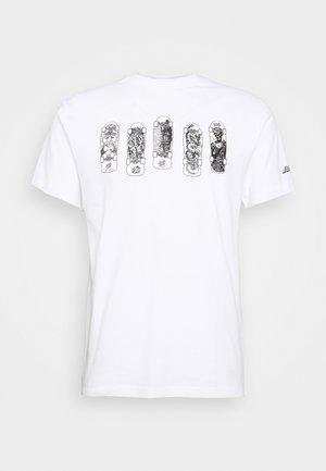 UNISEX KENDAL CATALOGUE - T-shirt imprimé - white