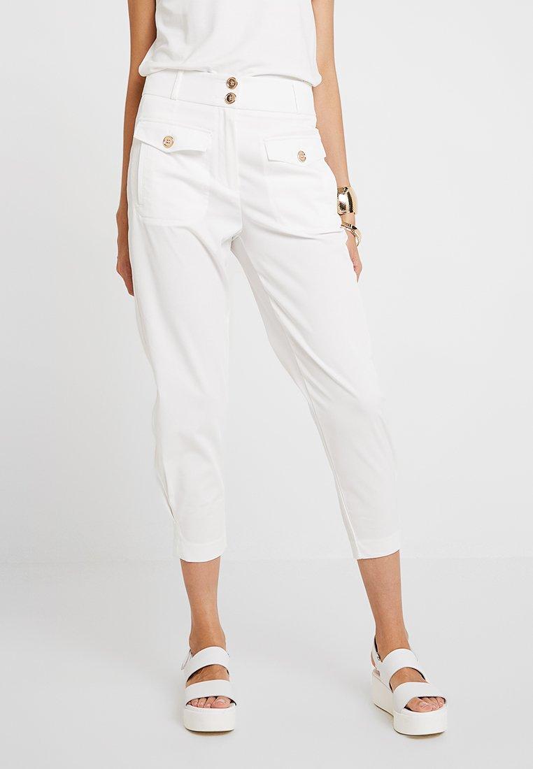 Sisley - BUTTON DETAIL HIGH WAIST PANT - Trousers - white