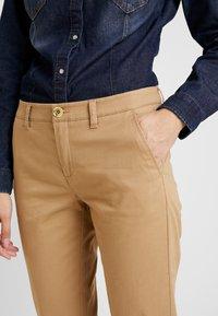 Sisley - TROUSERS - Pantaloni - beige - 3