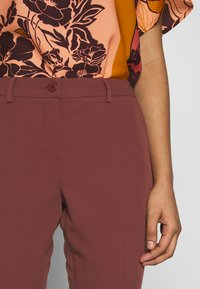 Sisley - TROUSERS - Pantaloni - bordeaux - 5