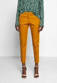 Sisley - Chinot - yellow - 0