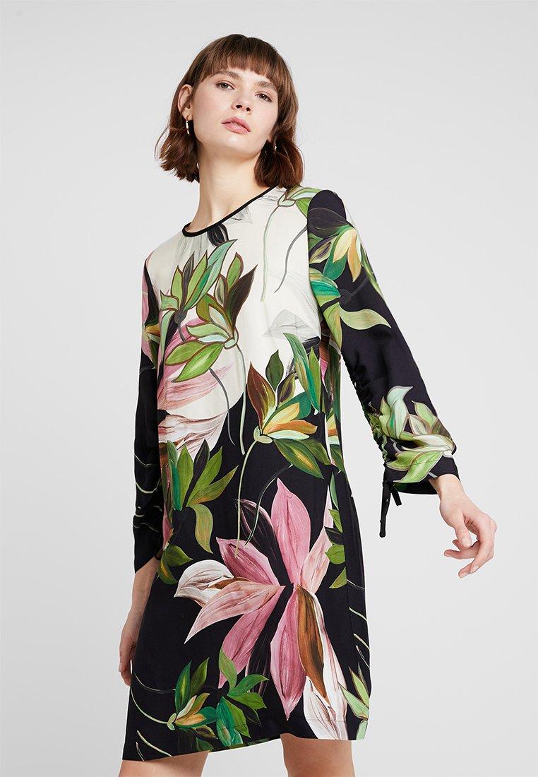 Sisley - ORCHID PRINT SHIFT DRESS - Hverdagskjoler - black