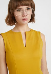 Sisley - PONTE BUSINESS SHIFT - Tubino - yellow - 3