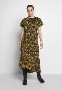 Sisley - DRESS - Vestito estivo - khaki - 1