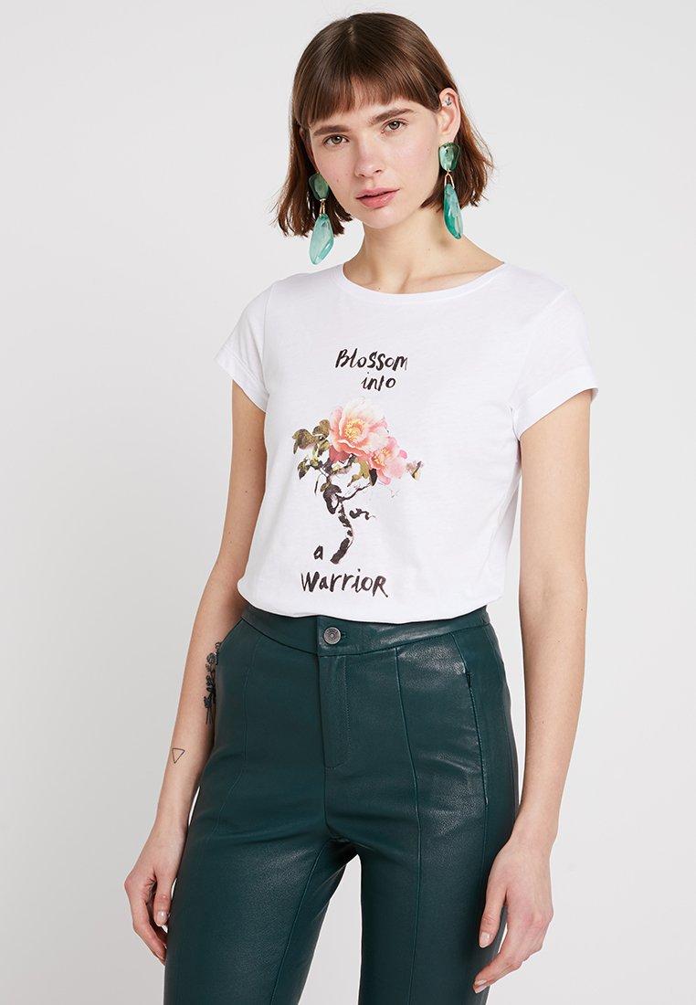 Sisley - ROUND NECK TIGER - T-shirt imprimé - white