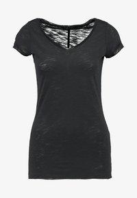 Sisley - VNECK TEE - T-Shirt basic - black - 4