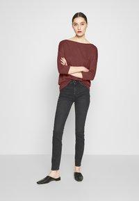 Sisley - Maglietta a manica lunga - bordeaux - 1