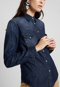 Sisley - Overhemdblouse - black denim - 4