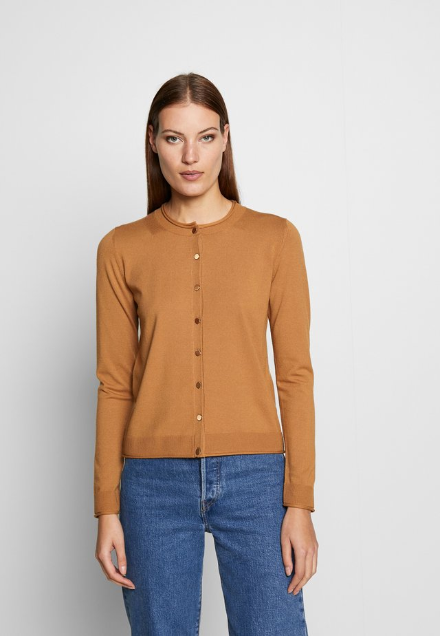 SWEATER - Strickjacke - camel