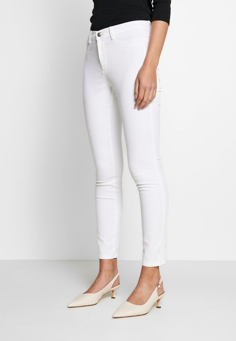 Sisley - TROUSERS - Jeans Skinny Fit - white