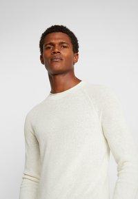 Sisley - Stickad tröja - off-white - 3