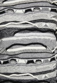 Sisley - Maglione - mottled dark grey/black/white - 3