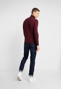 Sisley - Stickad tröja - bordeaux - 2