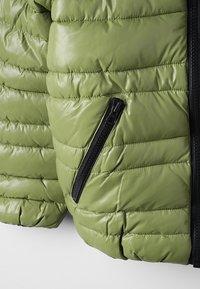 Sisley - JACKET - Vinterjakker - green - 4