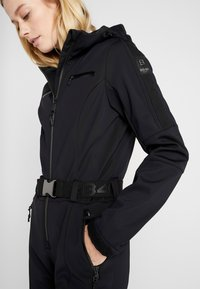 8848 Altitude - CAT SKI SUIT - Täckbyxor - black - 6