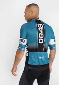 8848 Altitude - GURTEN BIKE  - T-Shirt print - deep dive