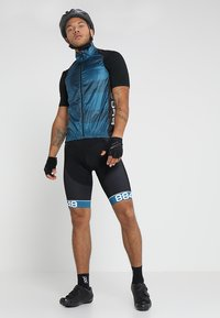 8848 Altitude - BERCI BIKE VEST - Weste - deep dive - 1
