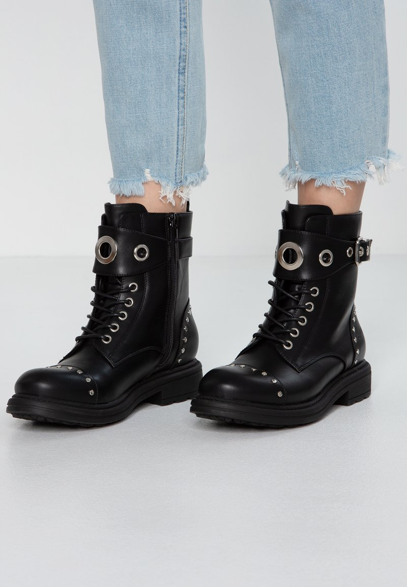 Francesco Milano - Lace-up ankle boots - nero