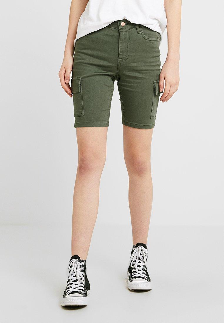 New Look - CARGO POCKET KNEE - Shorts - dark khaki