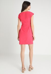 9Fashion - DAVEA - Vestido informal - raspberry - 2