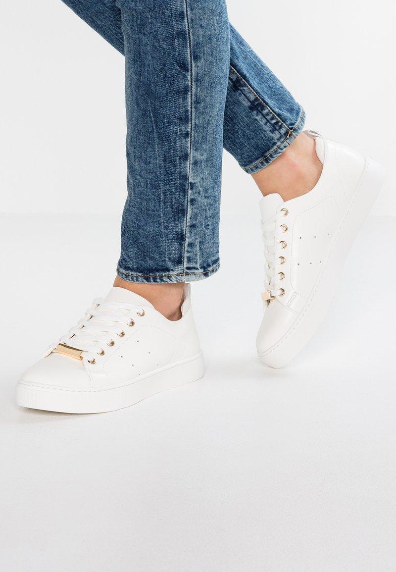 ALDO - MIRAREVIA - Sneakers laag - white