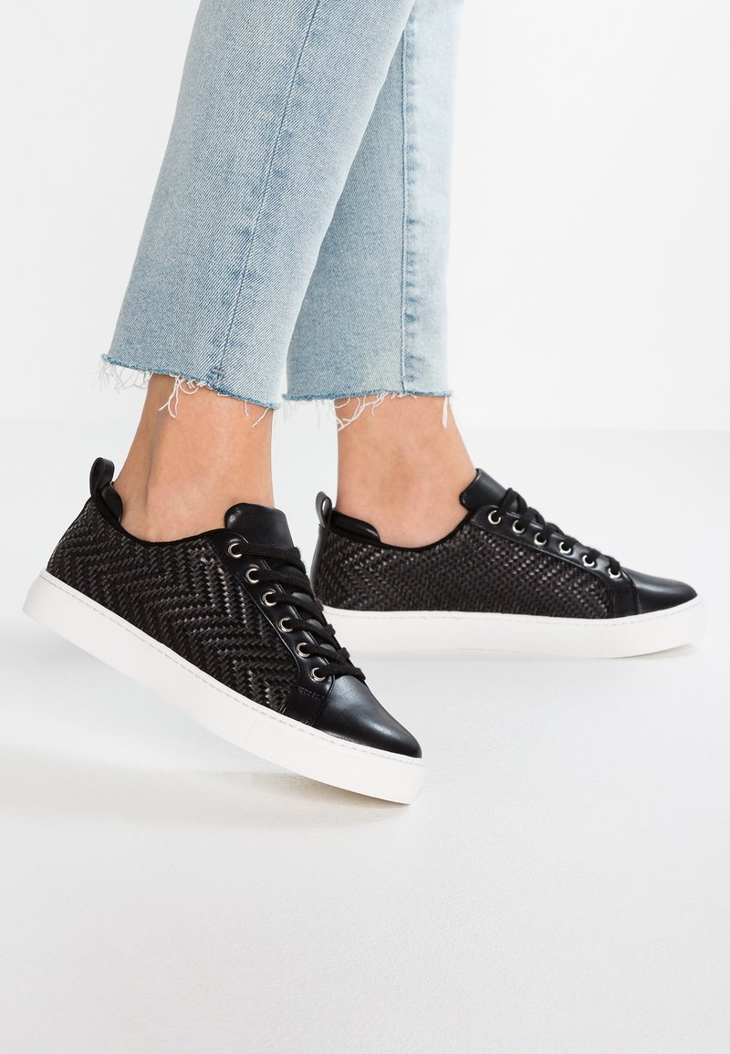ALDO - WOALLAN - Trainers - black