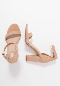 ALDO - JERAYCLYA - Sandaler med høye hæler - camel - 3