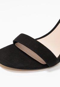 ALDO - JERAYCLYA - Sandaler med høye hæler - black - 2