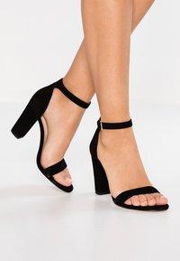 ALDO - JERAYCLYA - Sandaler med høye hæler - black - 0