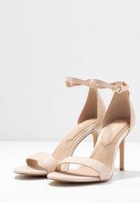 ALDO - PILIRIA - Korolliset sandaalit - bone - 4