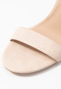 ALDO - PILIRIA - Korolliset sandaalit - bone - 2